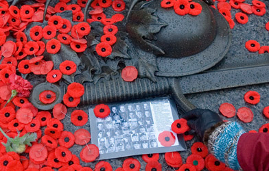 REMEMBRANCE DAY TOPIX